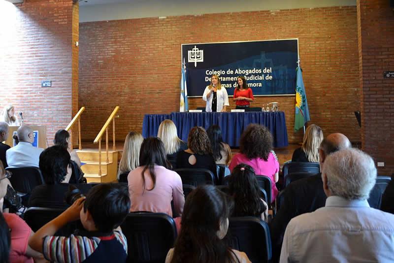 Se entregaroncertificados del curso de Especialización en Derechos del Niño, Niña y Adolescente