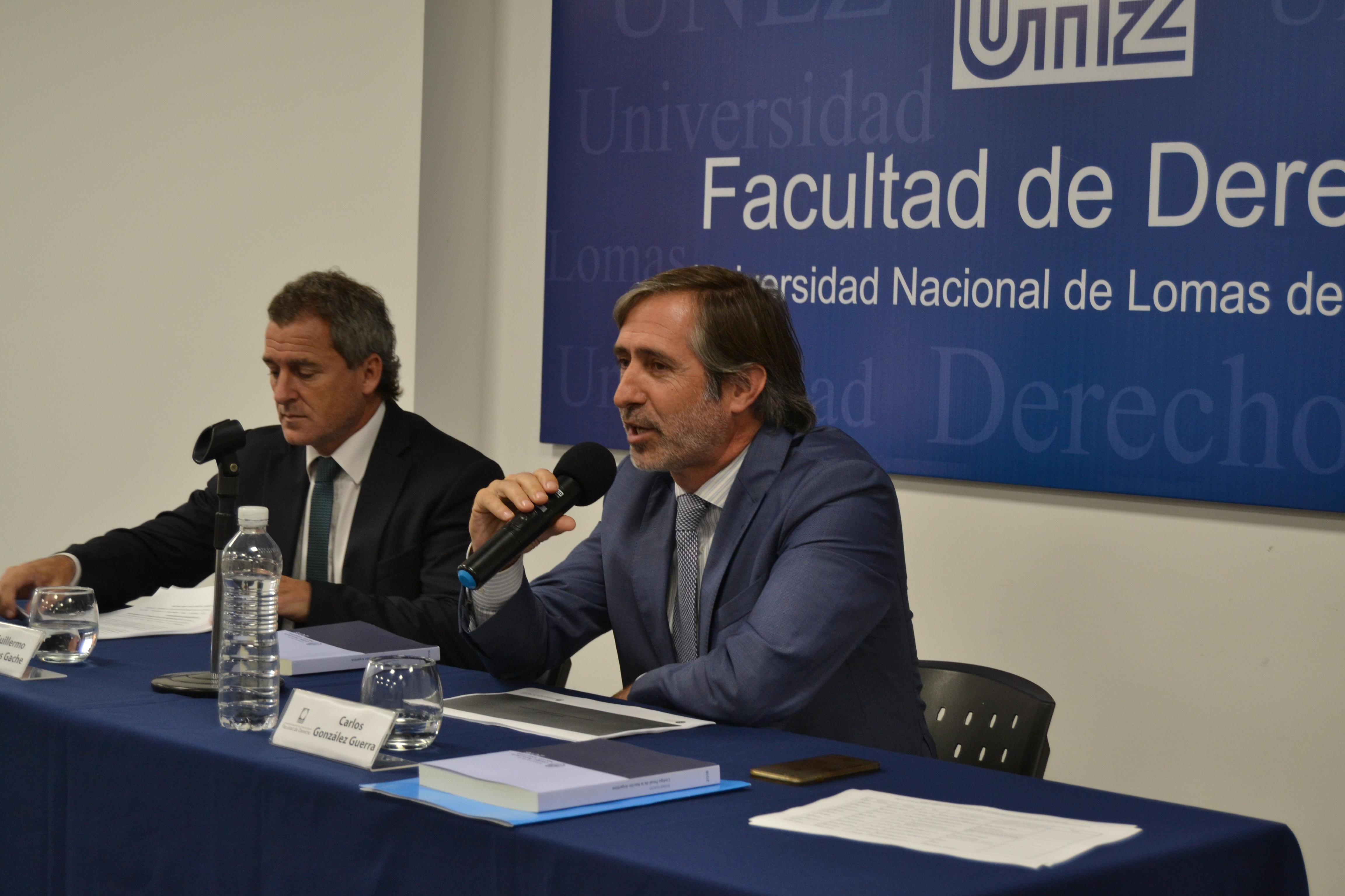 Integrantes de la Comisión Redactora del Anteproyecto de Reforma del Código Penal expusieron en la Facultad