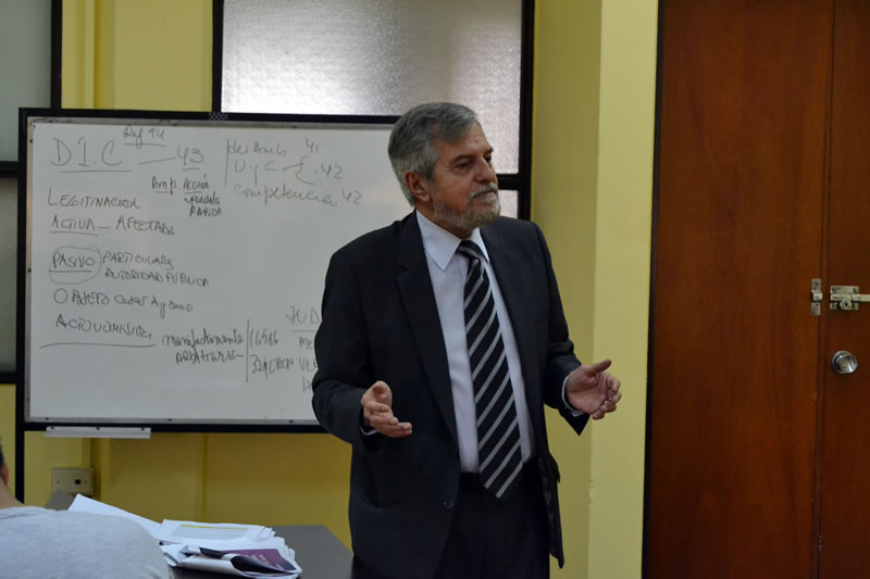 """Continúa el Seminario de """"Derecho de Incidencia Colectiva y Acción de Clase"""" y el Curso de Programación Neurolingüística"""