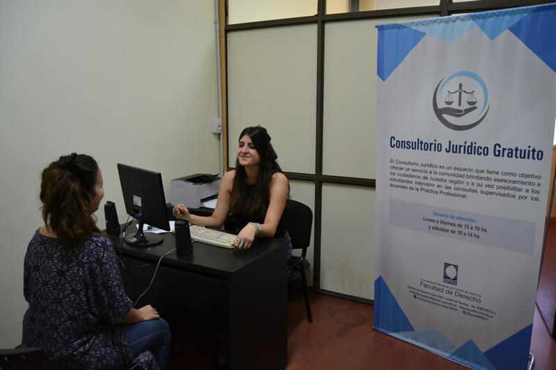 Durante 2018 el Consultorio Jurídico Gratuito atendió 1355 consultas de vecinos