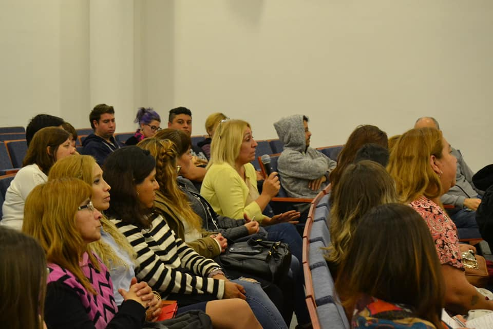 """Conferencia """"Nuevas Perspectivas en Derecho Animal: un abordaje multidisciplinario"""""""